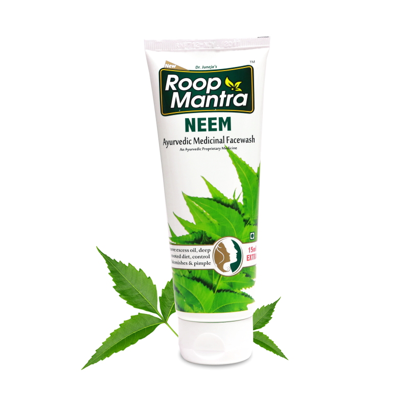 face-wash-for-oily-skin-and-blackheads-roopmantra